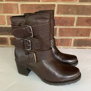 Like new Clarks brown leather mid calf boots